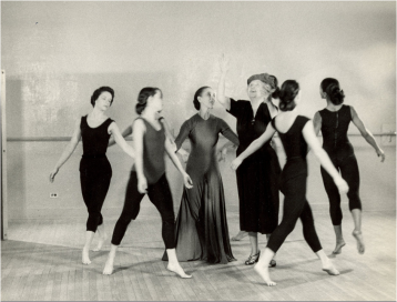 HelenKeller-MarthaGraham_Samuel-P.-Hayes-Research-Library-Perkins-School-for-the-Blind-Watertown-MA1954